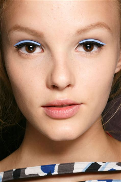 trend alert 10 hottest lipsticks for 2015 lifestyleasia hong kong milan fashion week spring 2015 trend alert neutral lip