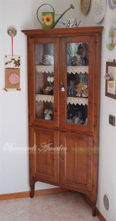 credenze angolari angolari e vetrine ad angolo angolari