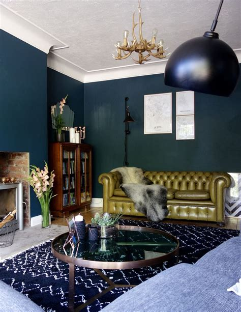 dark green living room 25 best ideas about dark green walls on pinterest dark