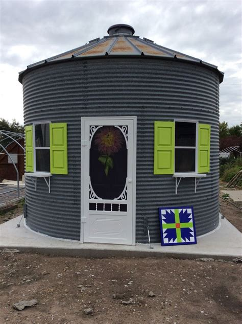 grain silo house 25 best ideas about silo house on pinterest grain silo country bar and shed turned