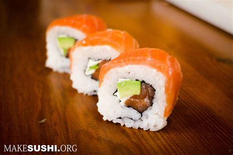 roll sushi smoked salmon sushi roll sushi rolls sushi photo