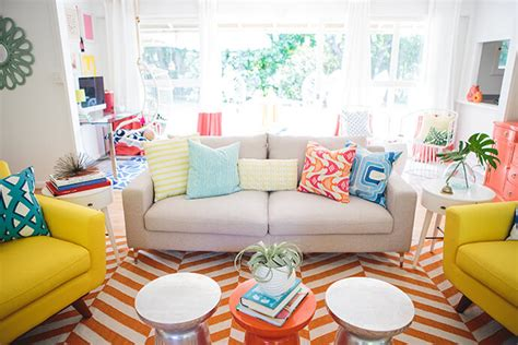 Glitter Living Room Escape Walkthrough Mrs Lilien S Colorful Tropical Living Room Makeover