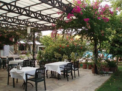 outdoor eating area outdoor eating area picture of club alla turca dalyan