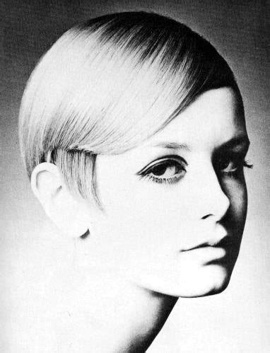 twiggyhairstyles for straight hair 1960s for the love of mod trendyhipbuys
