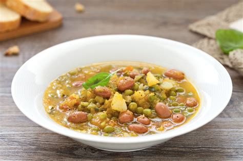 cucinare la pasta con il bimby ricetta minestrone di verdure con il bimby cucchiaio d