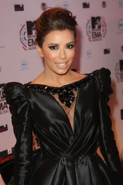 eva longoria sext french twist updo with side swept bangs more pics of eva longoria french twist 43 of 44 updos
