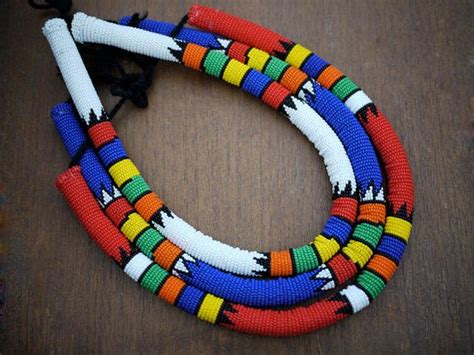 Handmade In Africa - white zulu necklace medium