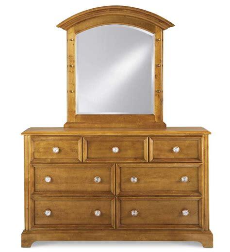 Small Dresser With Mirror Pulaski Bearrific Small Dresser Mirror 633110 Homelement