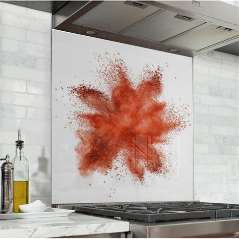 Ordinaire Comment Poser Une Credence De Cuisine #8: Fond-de-hotte-de-cuisine-explosion-de-poudre-rouge.jpg