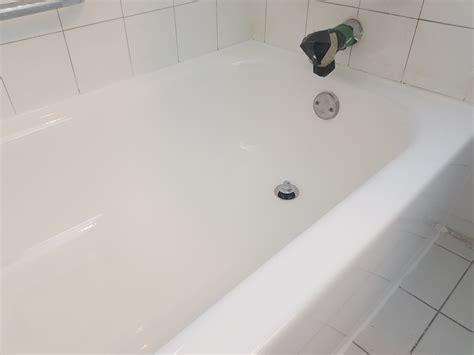 bathtub surface repair bathtub repair montreal speedy response surface integrity
