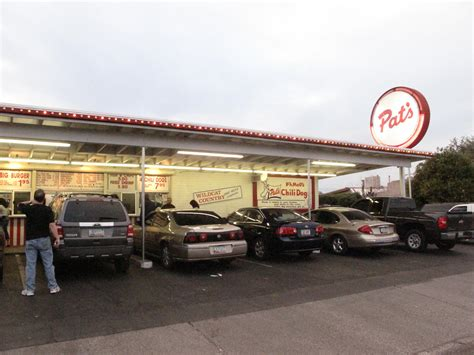 pat s chili dogs pat s drive in roadfood