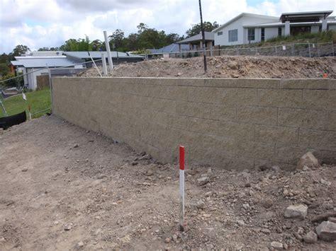 boral garden wall australian retaining walls concrete sleepers plus boral