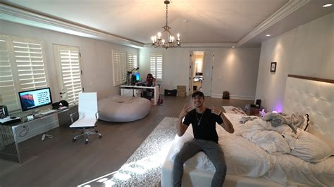 room 5 la my new room tour master bedroom faze house la