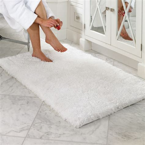 Frontgate Bath Rugs Belize Memory Foam Bath Rug Traditional Bath Mats By Frontgate