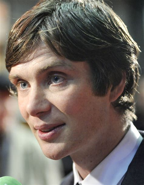 why the peaky plinders have those haircuts pics cillian murphy peaky blinders season two actor