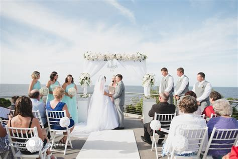 Top Wedding Locations on the Sunshine Coast