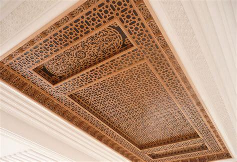 Faux Plafond Marocain En Platre faux plafond pour salon marocain moderne plafond platre