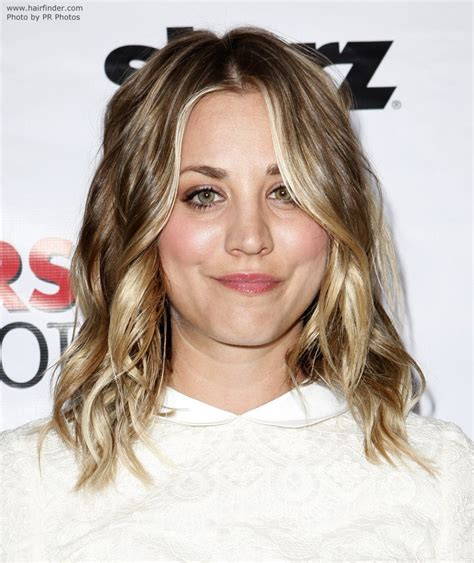 kaley cuoco hair type kaley cuoco fashionable long hair with layers and bright