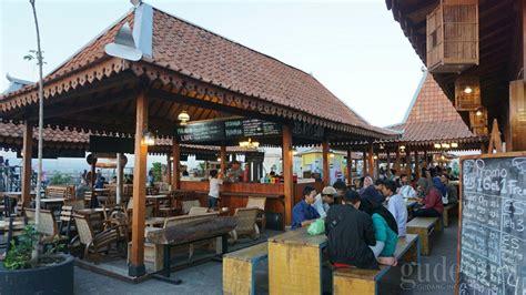 sevensky rooftop lippo plaza yogyakarta yogya gudegnet