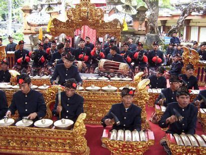 Gamelan is one of Traditional Music   nusanthara