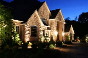 Landscape Up Lighting I Uplighting On A House Up Date On Up Lights Been Installed And They Look Great