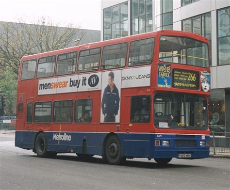 IAN'S BUS STOP: LONDON's Volvo Olympians