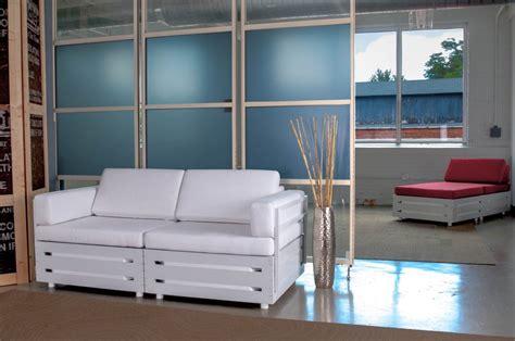 Upholstery Cincinnati by How A Cincy Based Furniture Company Is Moving Infinitely Easier Wkrc