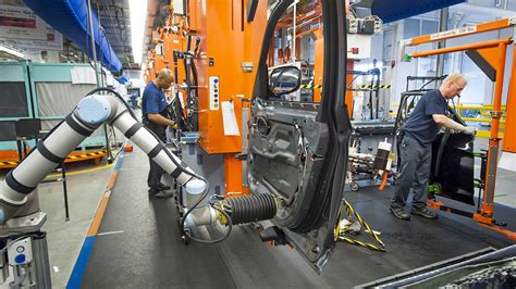 bmw factory robots universal robots strikes again sells to bmw robotics