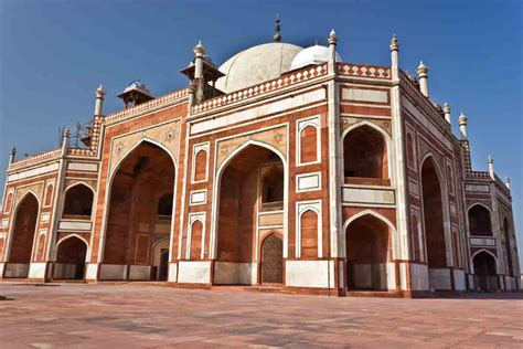 Empire And Architecture The Development Of And Architecture The Mughals