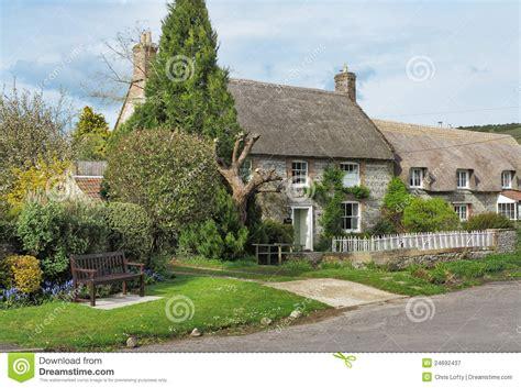 cottage inglesi cottage inglesi thatched villaggio fotografia stock