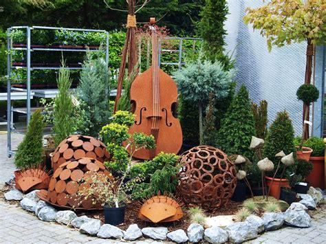 Gartendeko Aus Holz Und Eisen by Gartendeko Rost Braun 183 Kostenloses Foto Auf Pixabay