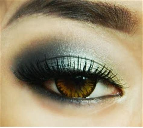 tutorial eyeliner untuk mata besar tutorial make up mata untuk mata sipit agar terlihat besar
