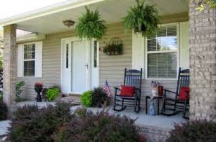 Patio Ideas For Front Of House by Fall Front Porch House Of Hawthornes