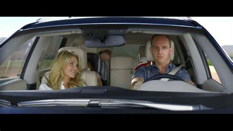 infiniti qx60 tv spot vacation featuring christie