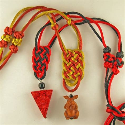 Decorative Knot Tying - 89 best knot images on jewelry