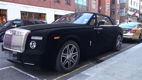 velvet rolls royce velvet wrapped rolls royce phantom drophead coupe spotted