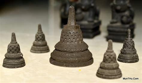 Miniatur Stupa Candi Borobudur Ukuran Mini Batu Candi Hitam Asli Jogja miniatur cetakan munthu