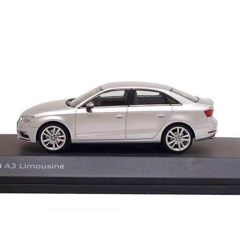 Modellauto Audi A3 by Audi A3 Limousine Eissilber 1 43 Modellauto 5011303123