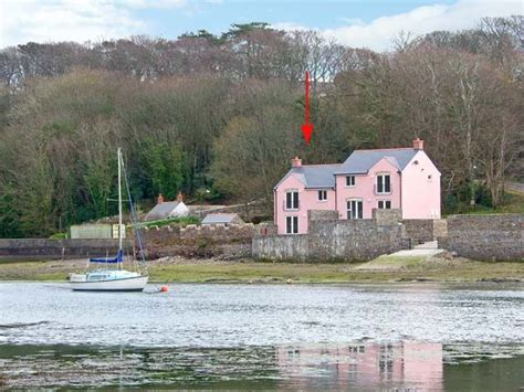 Cottages In Wales By The Sea With Pets by Goldfinch Milford Pill Self Catering