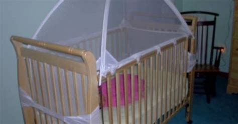Baby Jumps Out Of Crib Tots In Mind Crib Tent Ii With Inside Surround Net Lifesaver For Parents With Ones