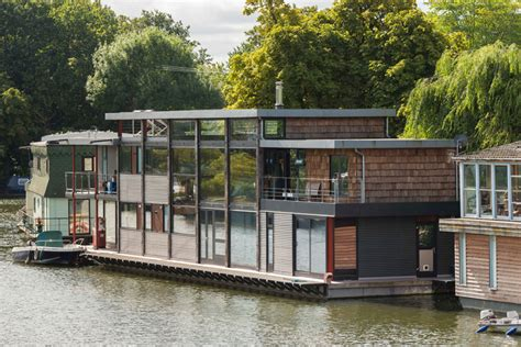 houseboat thames maa architects design a houseboat in london s river thames