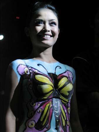 Gigi Delco Model Kupu Kupu kompetisi painting di bali