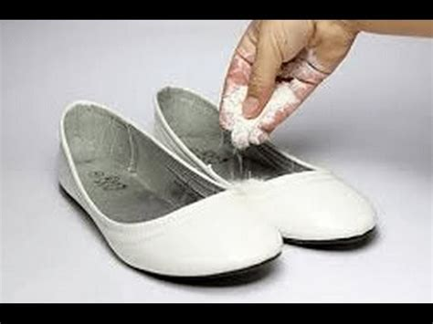 stop slippers smelling best laundry detergent for workout clothes