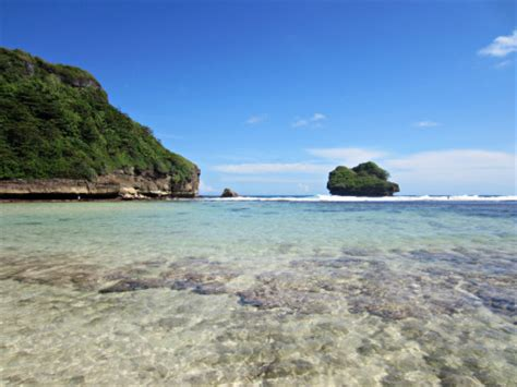 wallpaper pantai biru tourist destinations in indonesia sendang biru beach the