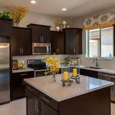 Yellow And Brown Kitchen Ideas 1000 Ideas About Yellow Kitchen Accents On Pinterest Lemon Kitchen
