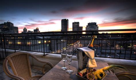 top luxury hotels  montreal stay pampered
