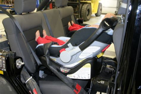 Baby Seat Jeep Wrangler Compass 1440 Via Transport Canada