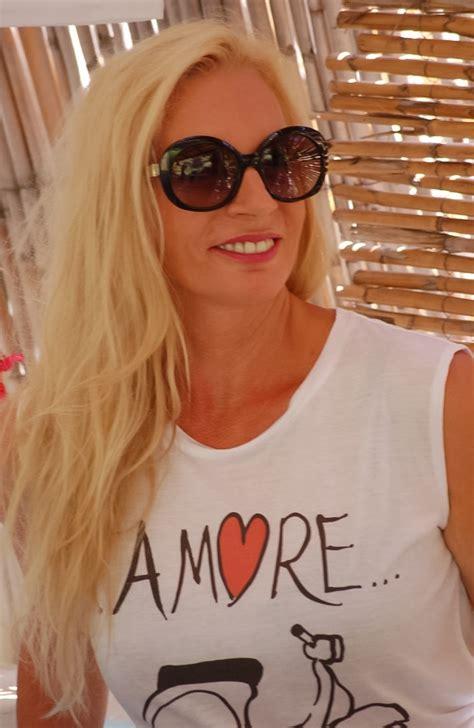 Tshirt Vespa Vintage Black t shirt vespa white vintage vespa t shirt designed