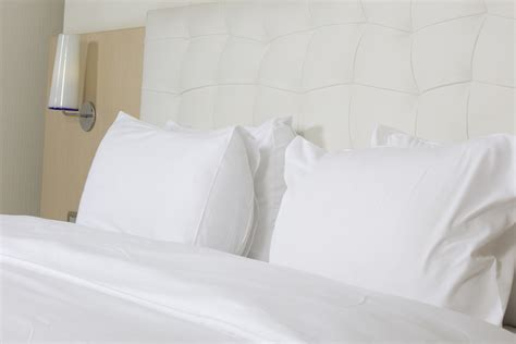 hotel bed sheets canada s source for hotel supplies amenities bed bath