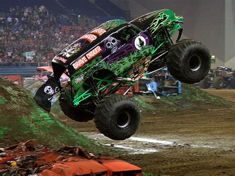 grave digger monster truck schedule 569 best images about monster trucks on pinterest
